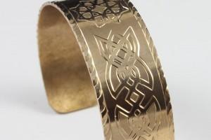 Celtic Bracelet / Hand Engraved